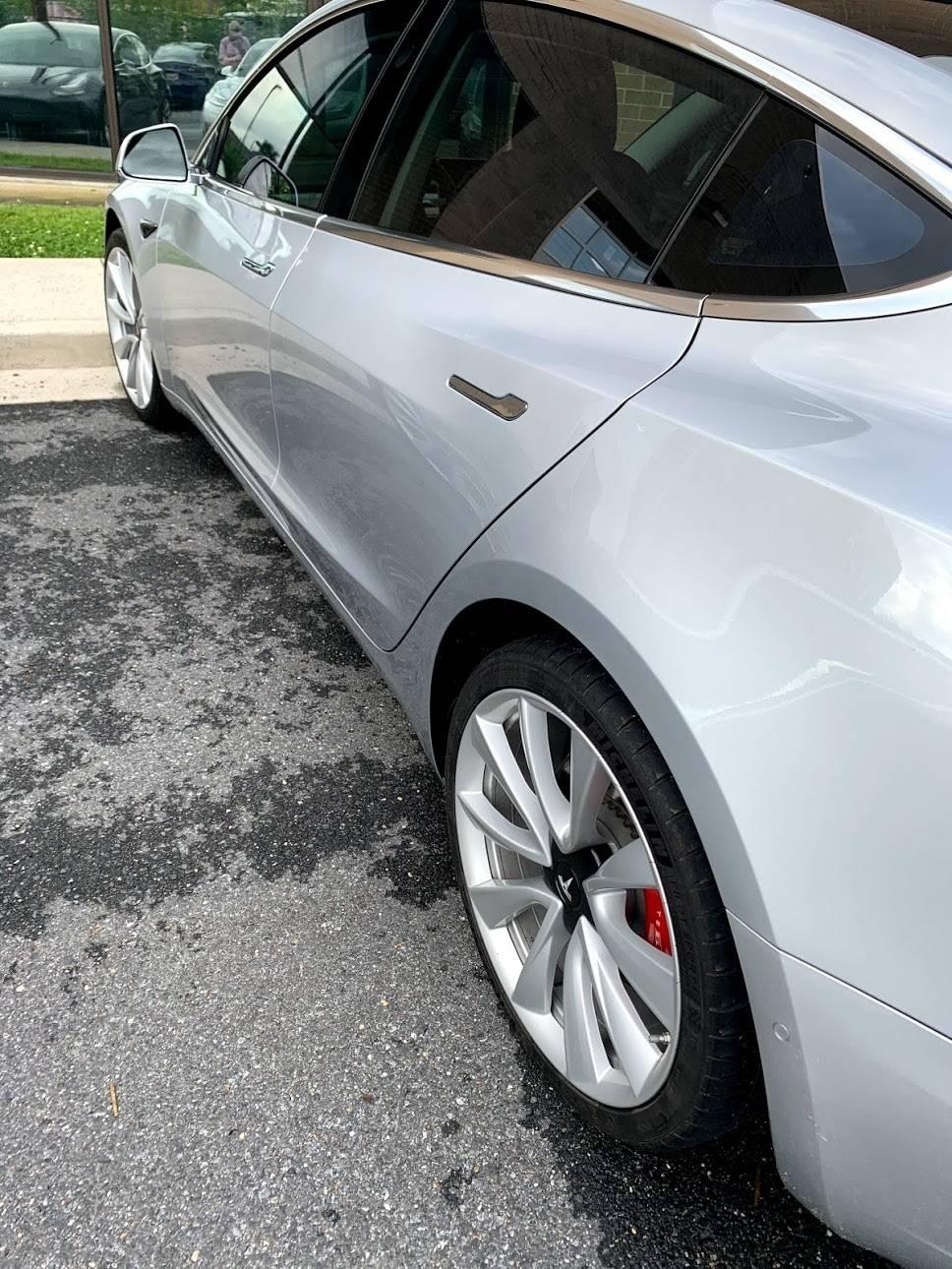 2018 Tesla Model 3 5YJ3E1EB4JF083451