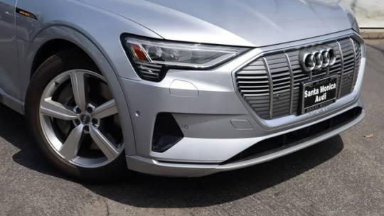 2019 Audi e-tron WA1LAAGE1KB009423