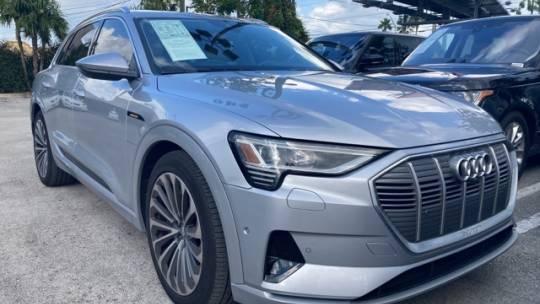 2019 Audi e-tron WA1VAAGE1KB009284