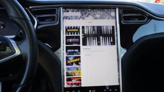 2013 Tesla Model S 5YJSA1AC1DFP10360