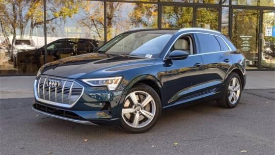 2019 Audi e-tron WA1VAAGE1KB012394