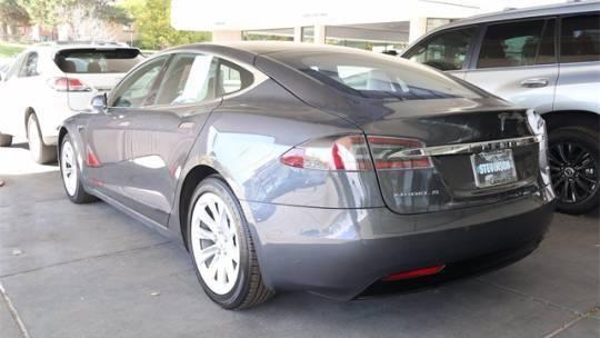 2017 Tesla Model S 5YJSA1E24HF204321
