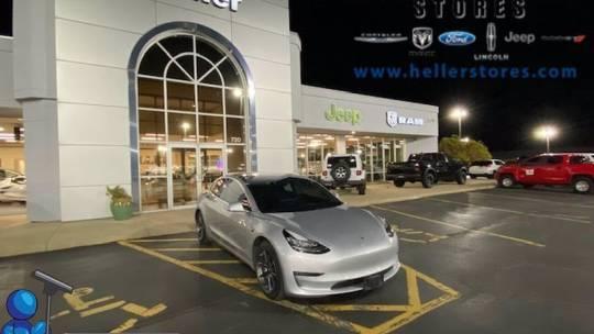2018 Tesla Model 3 5YJ3E1EB4JF091095