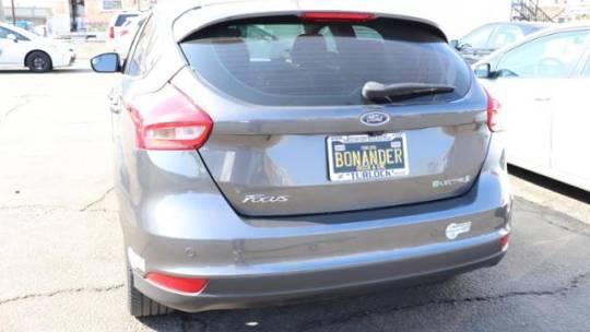 2015 Ford Focus 1FADP3R44FL221828