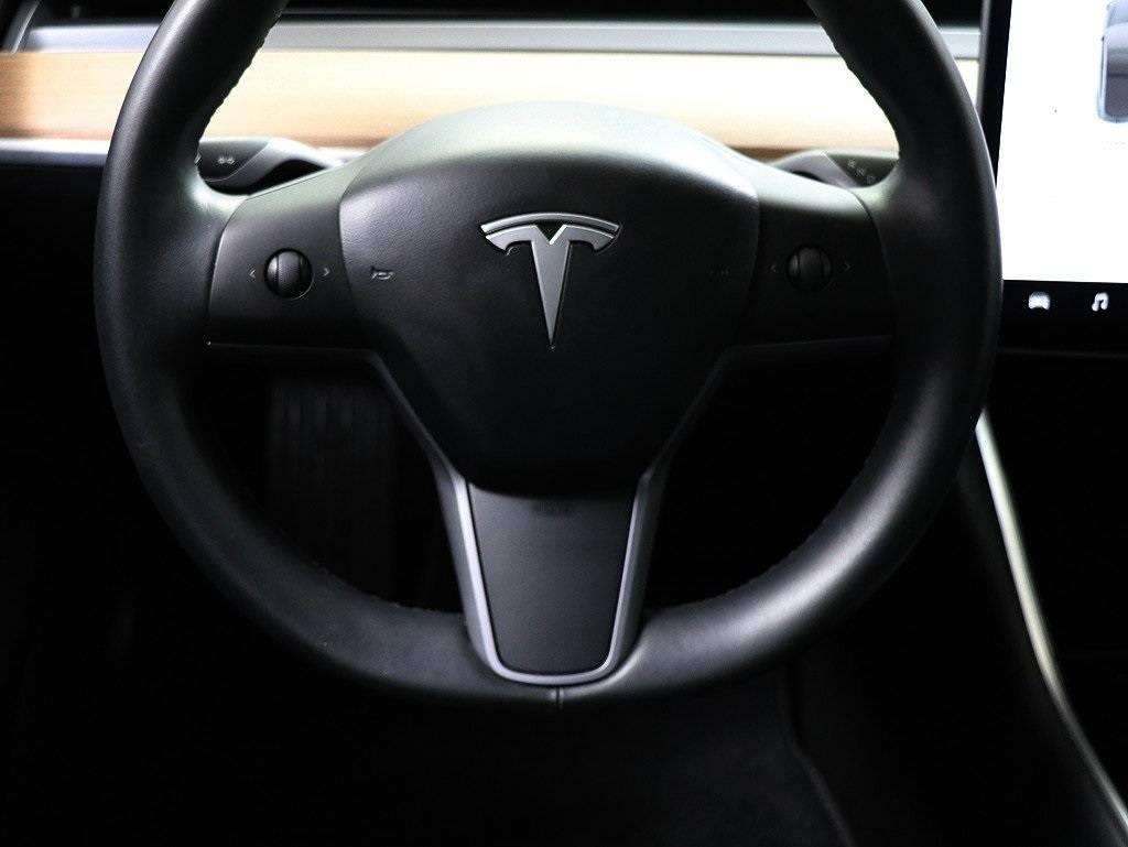 2018 Tesla Model 3 5YJ3E1EB3JF112437