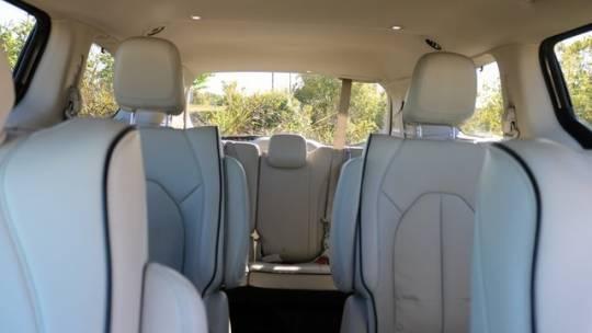 2018 Chrysler Pacifica Hybrid 2C4RC1N70JR105283