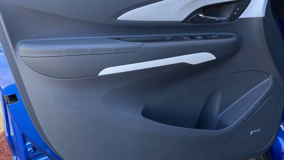 2017 Chevrolet Bolt 1G1FX6S06H4131548
