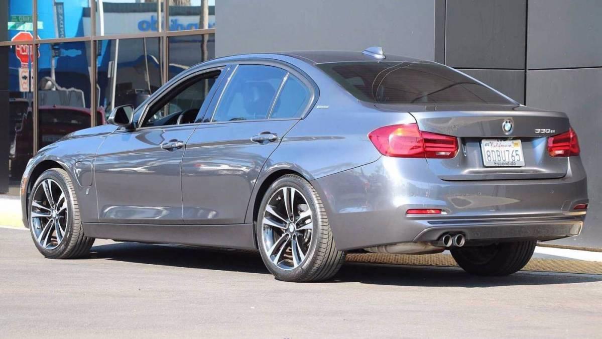 2018 BMW 3 Series WBA8E1C52JA178227