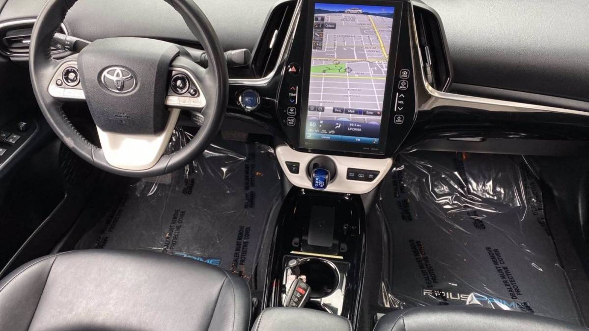 2017 Toyota Prius Prime JTDKARFPXH3036349