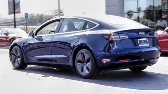 2018 Tesla Model 3 5YJ3E1EAXJF041759