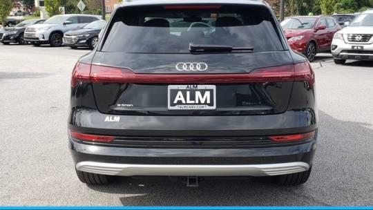 2019 Audi e-tron WA1VABGE1KB009792