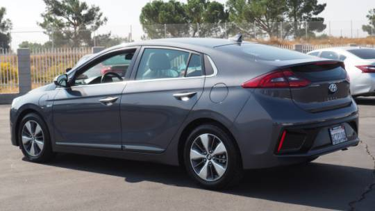 2018 Hyundai IONIQ KMHC75LDXJU075508