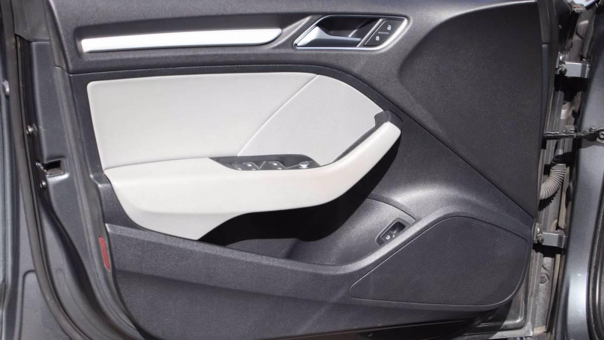 2018 Audi A3 Sportback e-tron WAUUPBFF2JA084285