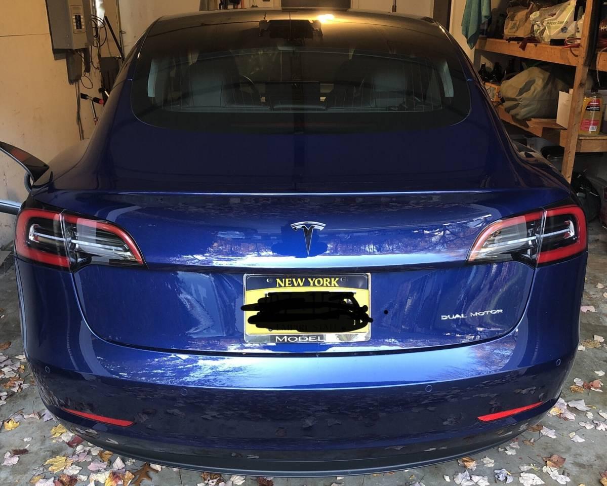 2018 Tesla Model 3 5YJ3E1EB3JF088463