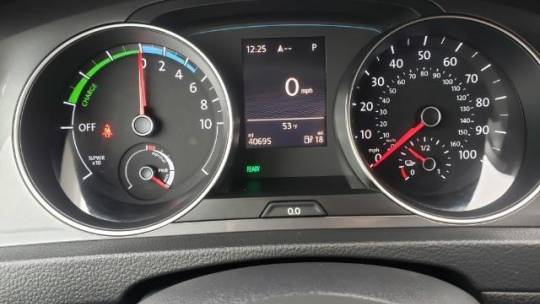 2016 Volkswagen e-Golf WVWPP7AU7GW910031