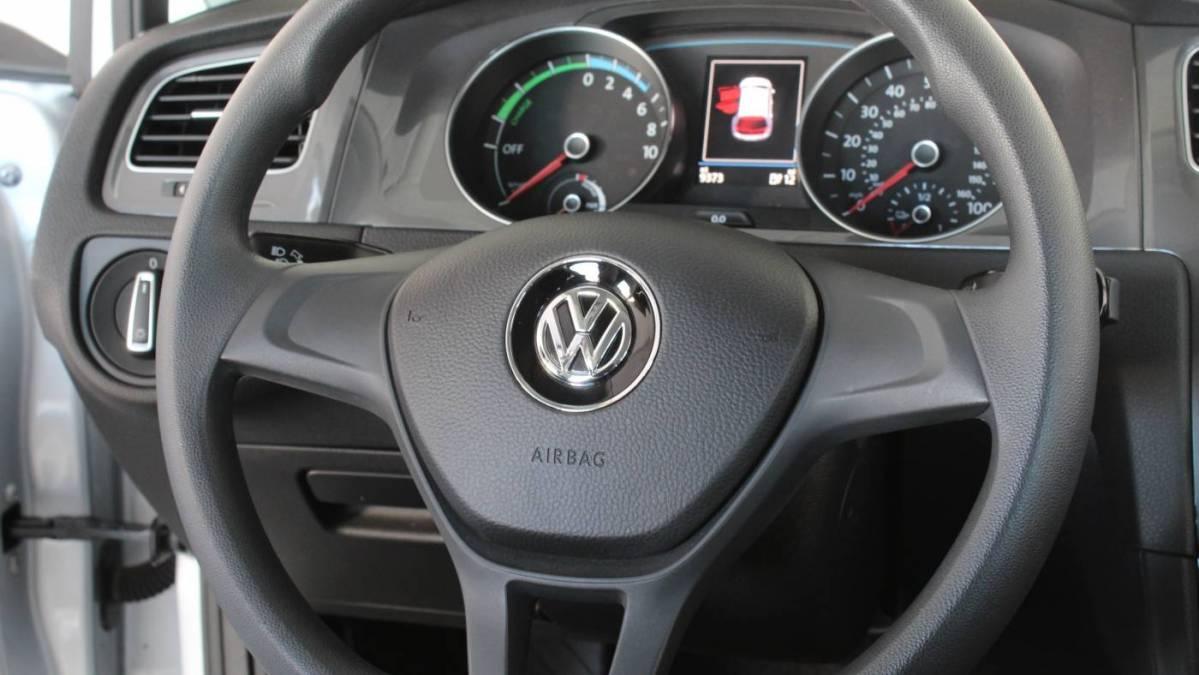 2016 Volkswagen e-Golf WVWKP7AU5GW915318