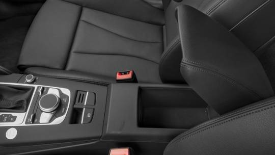 2017 Audi A3 Sportback e-tron WAUUPBFF7HA088522