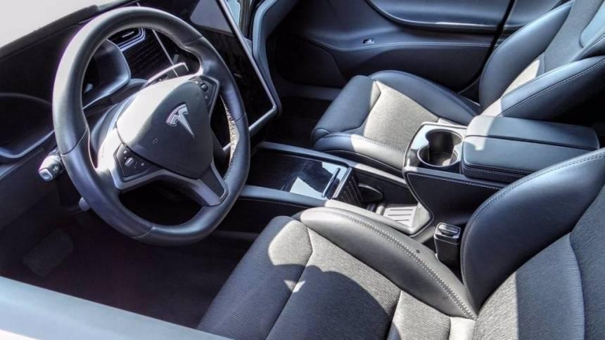 2018 Tesla Model S 5YJSA1E24JF280837