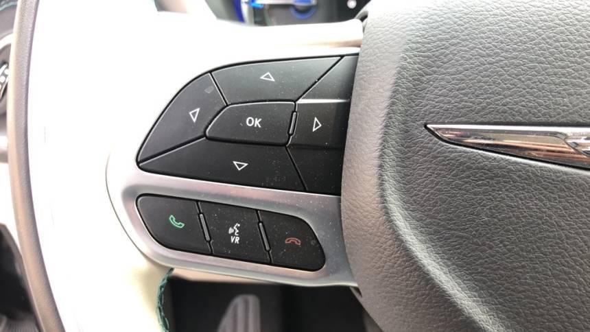 2019 Chrysler Pacifica Hybrid 2C4RC1N74KR687177