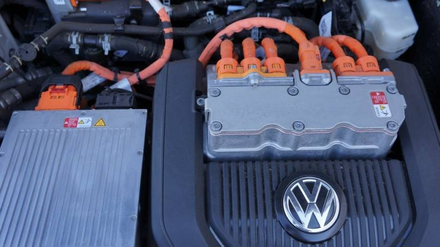 2015 Volkswagen e-Golf WVWPP7AU2FW910727