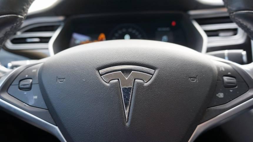 2014 Tesla Model S 5YJSA1H17EFP49962