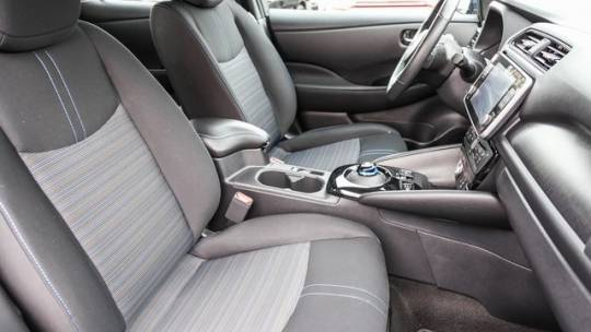 2020 Nissan LEAF 1N4AZ1CP2LC301094