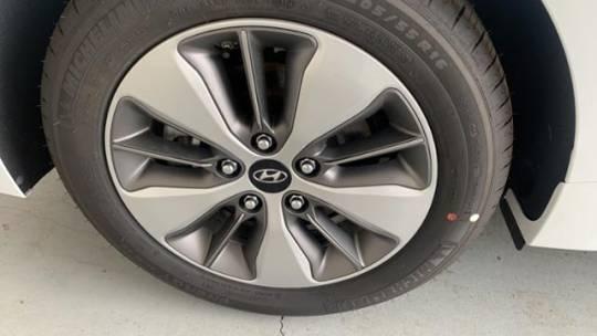 2019 Hyundai IONIQ KMHC65LD8KU182156