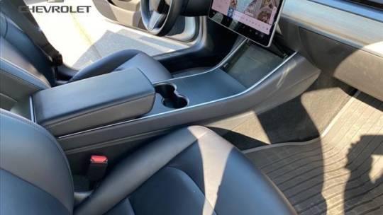 2018 Tesla Model 3 5YJ3E1EA8JF005214