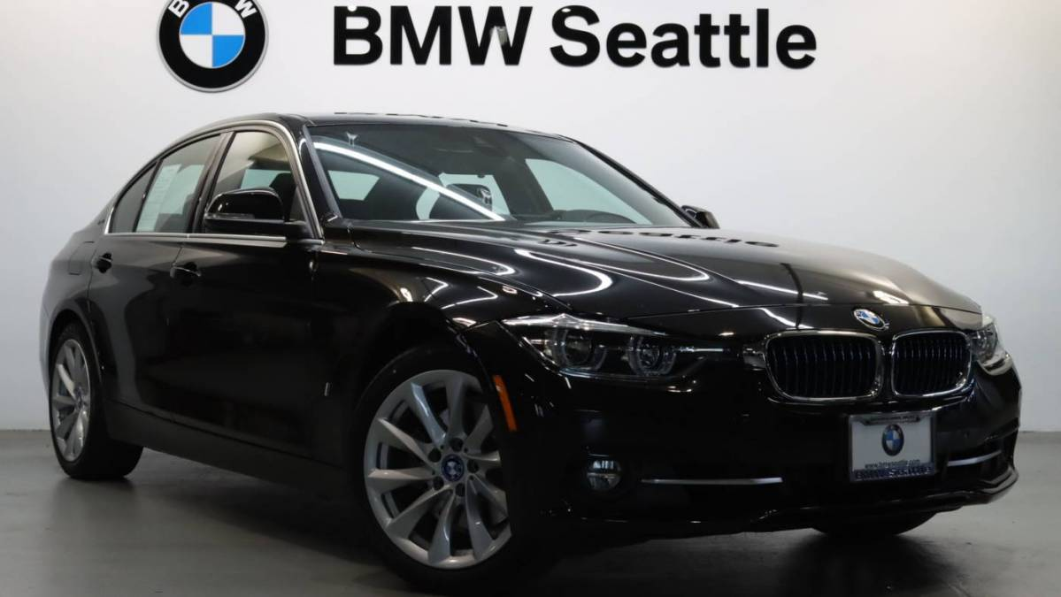 2017 BMW 3 Series WBA8E1C34HA159025