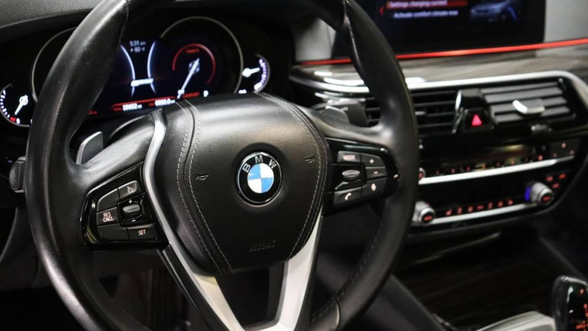 2018 BMW 5 Series WBAJA9C54JB033101