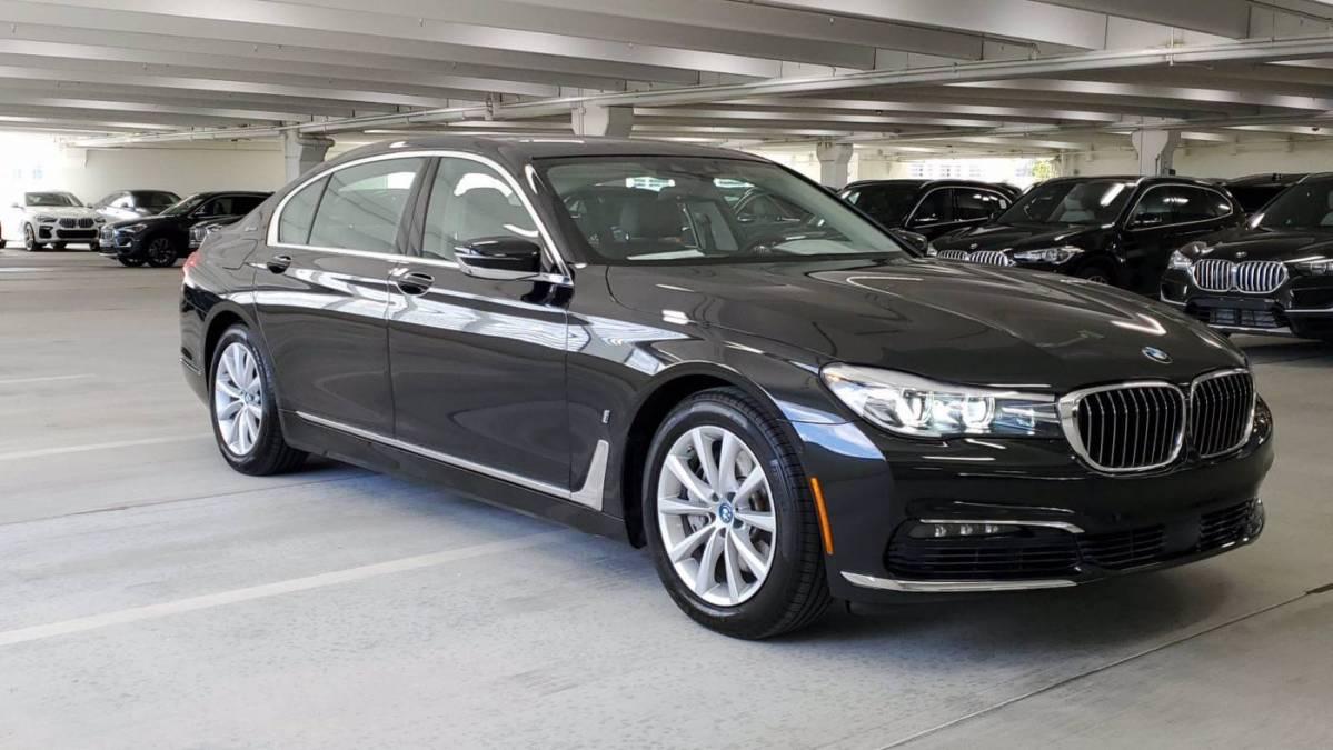 2017 BMW 7 Series WBA7J2C36HG497889