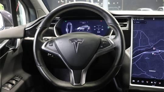 2018 Tesla Model X 5YJXCDE29JF091988
