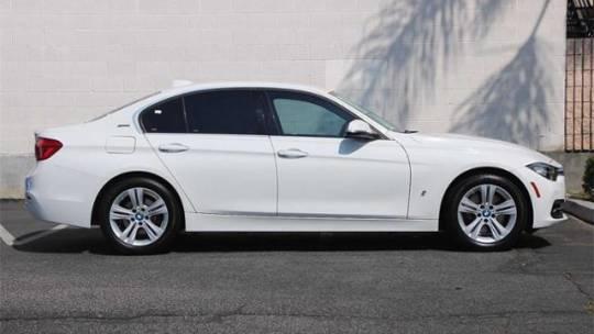 2017 BMW 3 Series WBA8E1C32HA158519