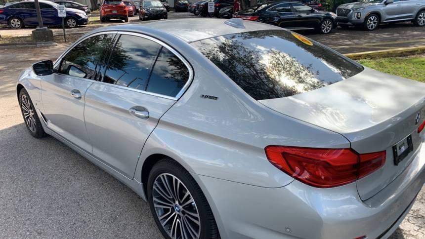 2018 BMW 5 Series WBAJA9C59JB032784