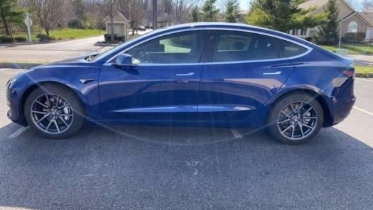 2019 Tesla Model 3 5YJ3E1EBXKF199321