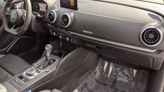 2018 Audi A3 Sportback e-tron WAUTPBFF3JA066101