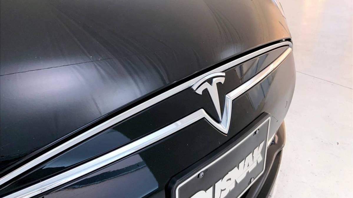 2016 Tesla Model S 5YJSA1E27GF124249