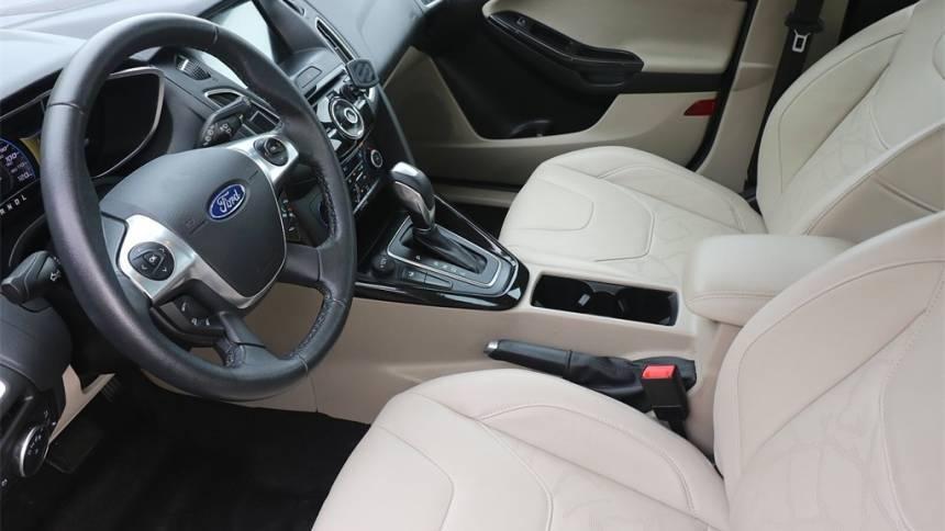 2018 Ford Focus 1FADP3R43JL211400