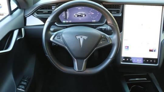2018 Tesla Model S 5YJSA1E24JF293524