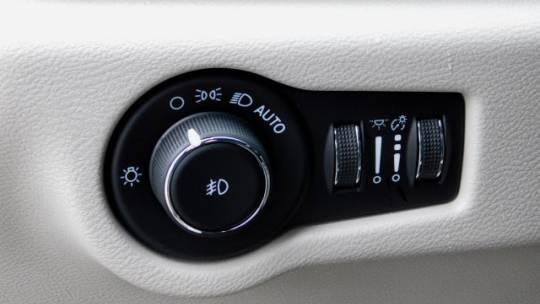 2020 Chrysler Pacifica Hybrid 2C4RC1N73LR261496