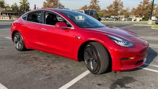 2018 Tesla Model 3 5YJ3E1EBXJF104769