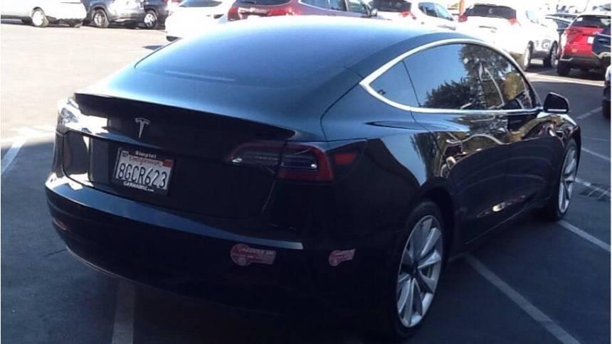 2018 Tesla Model 3 5YJ3E1EA5JF035691