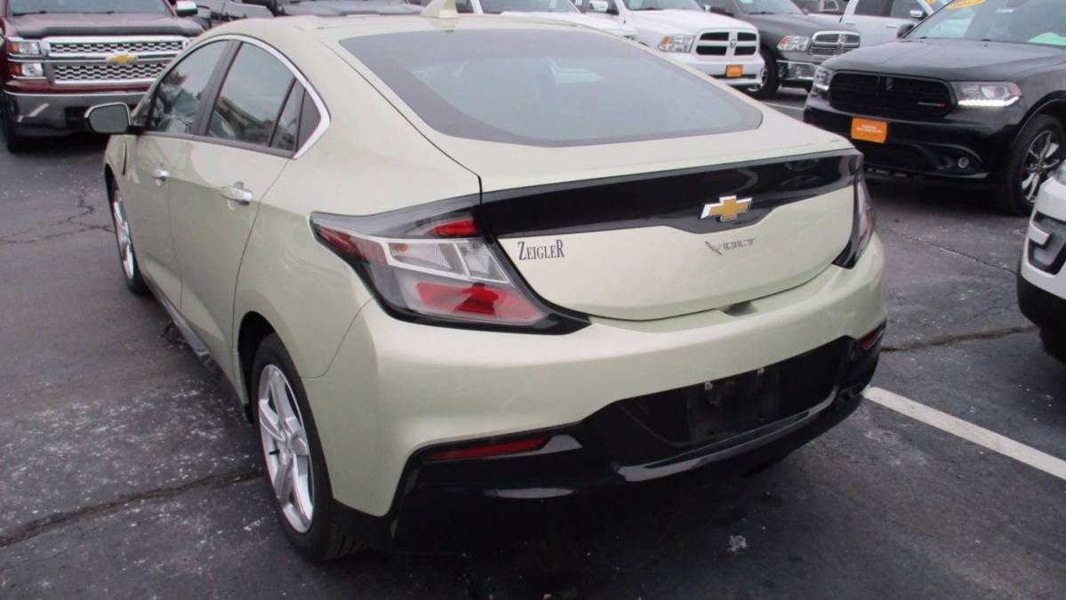 2017 Chevrolet VOLT 1G1RA6S56HU106871