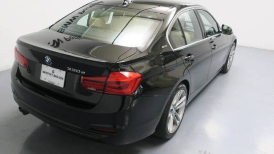 2017 BMW 3 Series WBA8E1C31HA156826