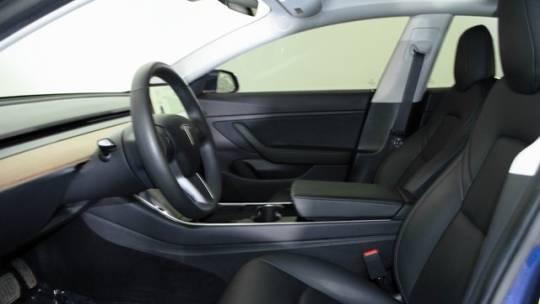 2019 Tesla Model 3 5YJ3E1EB9KF393905