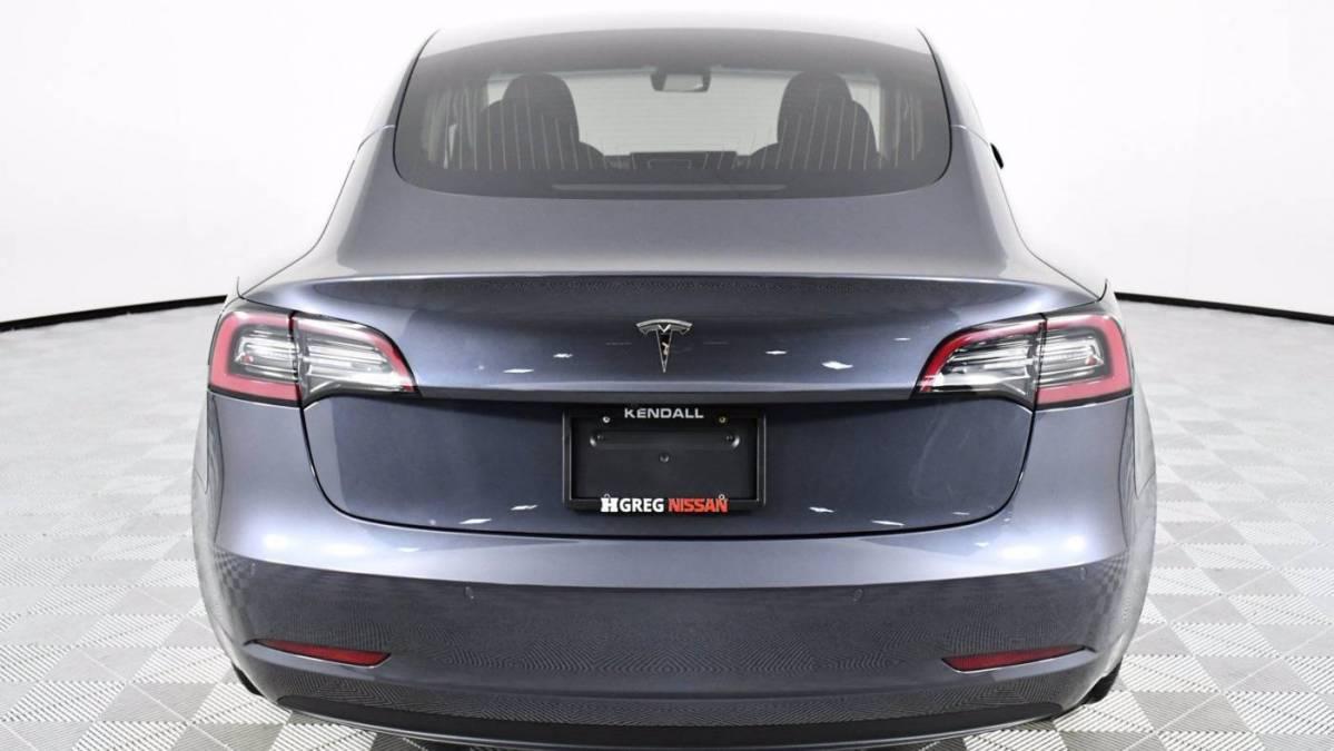 2018 Tesla Model 3 5YJ3E1EA4JF158785