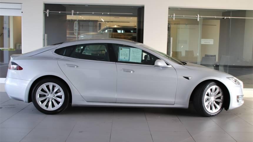 2016 Tesla Model S 5YJSA1E23GF171973