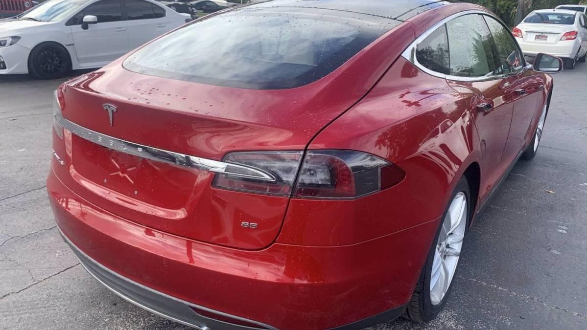 2014 Tesla Model S 5YJSA1H11EFP55935