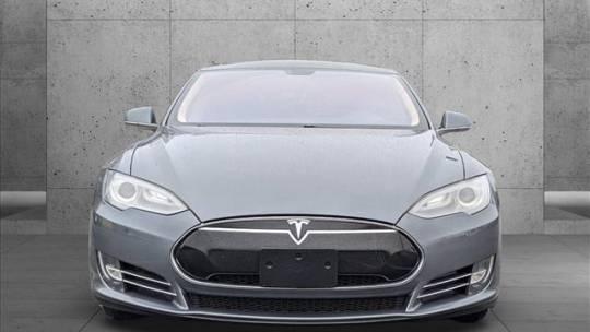 2013 Tesla Model S 5YJSA1CP3DFP22686
