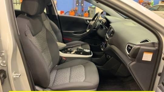 2019 Hyundai IONIQ KMHC75LH5KU037589